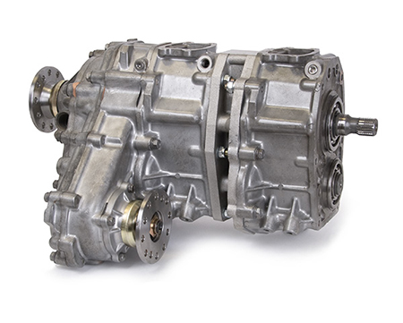 "Trail-Creeperâ""¢ 2.28x4.70 Dual Transfer Case 23-Spline Input, Forward Shift, 4.5"" Offset"